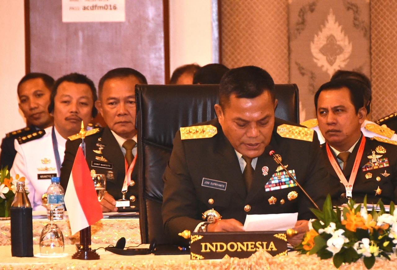 Letjen Joni Supriyanto mewakili Panglima TNI (Foto:maritim/dok/puspen tni)