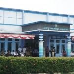 Gedung sekolah yang berubah menjadi Politeknik Kelautan dan Perikanan Maluku (Foto:maritim/dok/henry)