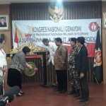 Prof Dr Sri Adiningsih membuka Kongres I Gemayomi (Foto:maritim/dok)