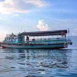 Kapal kayu yang rutin melayari dan singgah di beberapa dermaga di wilayah sekitar Danau Toba (Foto:maritim/dok-roni)