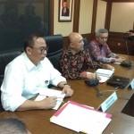 (Menteri Koperasi dan UKM Dr Teten Masduki (tengah) dalam waktu dekat mengkaji tupoksi kedeputian agar tidak tumpang tindih (Foto:maritim/dok-herbert)