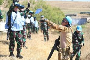 Menyeragamkan komando untuk gerak ceat tim Satgas TNI (Foto:maritim/dok-puspen tni)