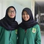 Mahasiswi Fakultas Ekonomi dan Bisnis (FEB) Prodi Akuntansi, yakni Retno Setioningsih dan Ririn Novi Tarwati (Foto: sembada/pr-unas)