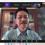 Dosen Sekolah Pascasarjana UNAS Prof. Syarif Hidayat saat memaparkan suara rakyat tidak berdampak pada perbaikan kebijakan (Foto:maritim/henry/unas-apri)