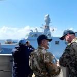 Komandan KRI Sultan Hasanuddin bincang hangat dengan perwakilan MTF UNIFIL (Foto:maritim/dok-puspen tni)